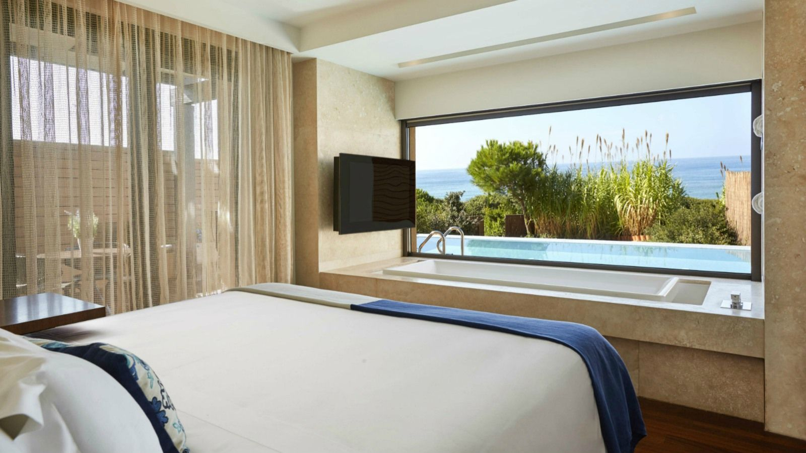 Ionian Exclusive Grand Infinity Seaview Σουίτες