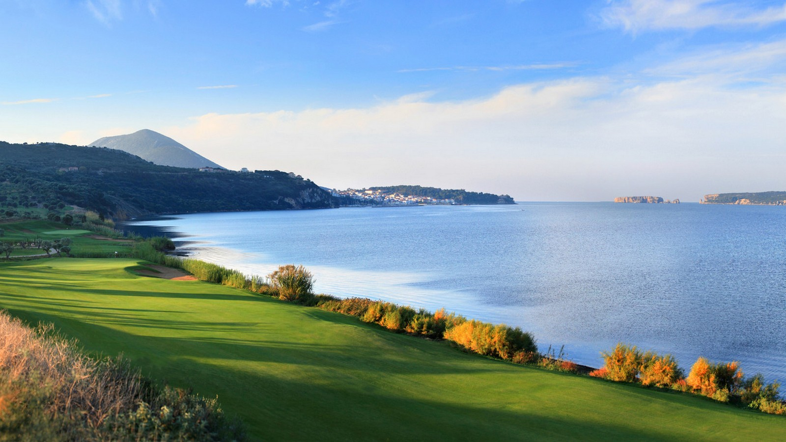 The Romanos a Luxury Collection Resort SPA Costa Navarino Messinia Greece Activities Golf The Bay Course Sea View